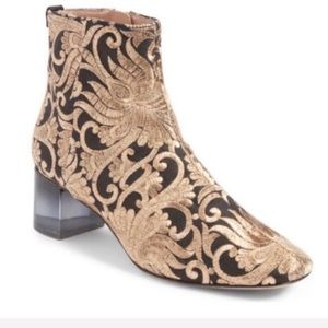 New TORY BURCH Carlotta Embroidered Bootie 6.5